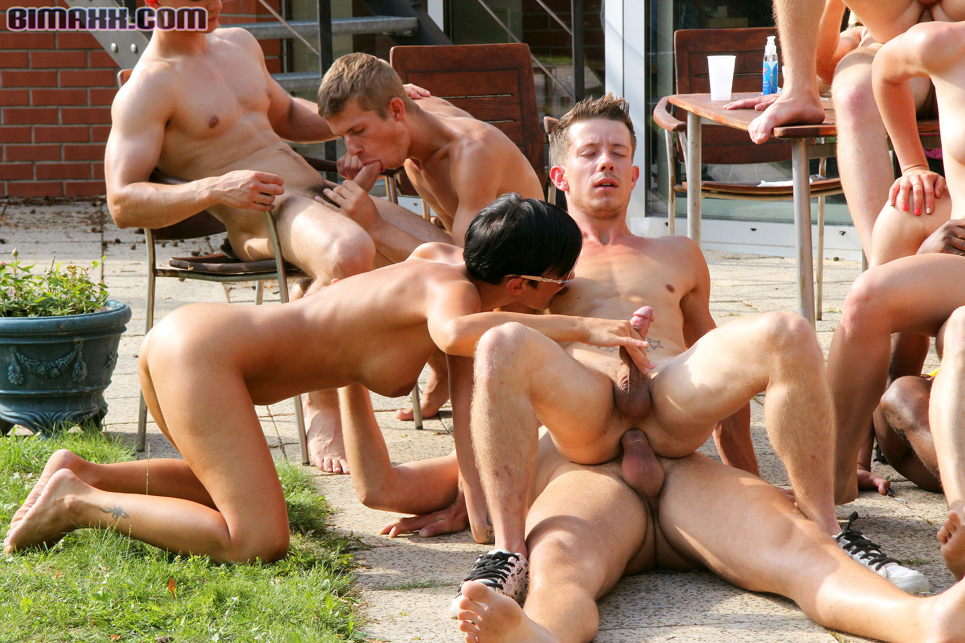 gay outdoor australian strapon