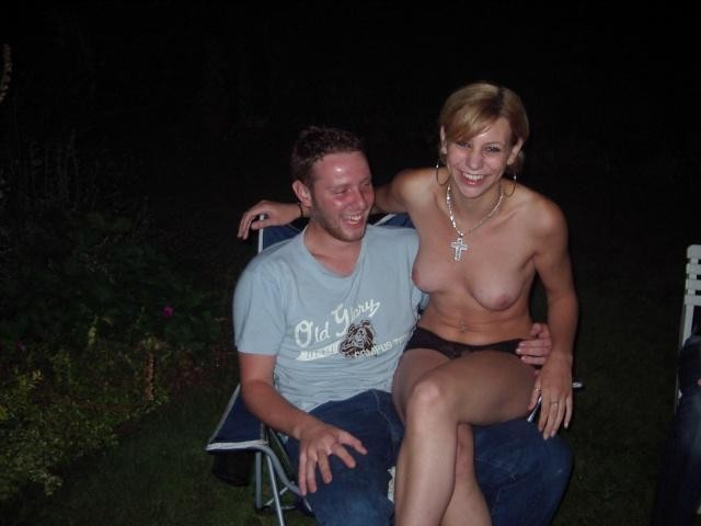 naked bedroom couples pics