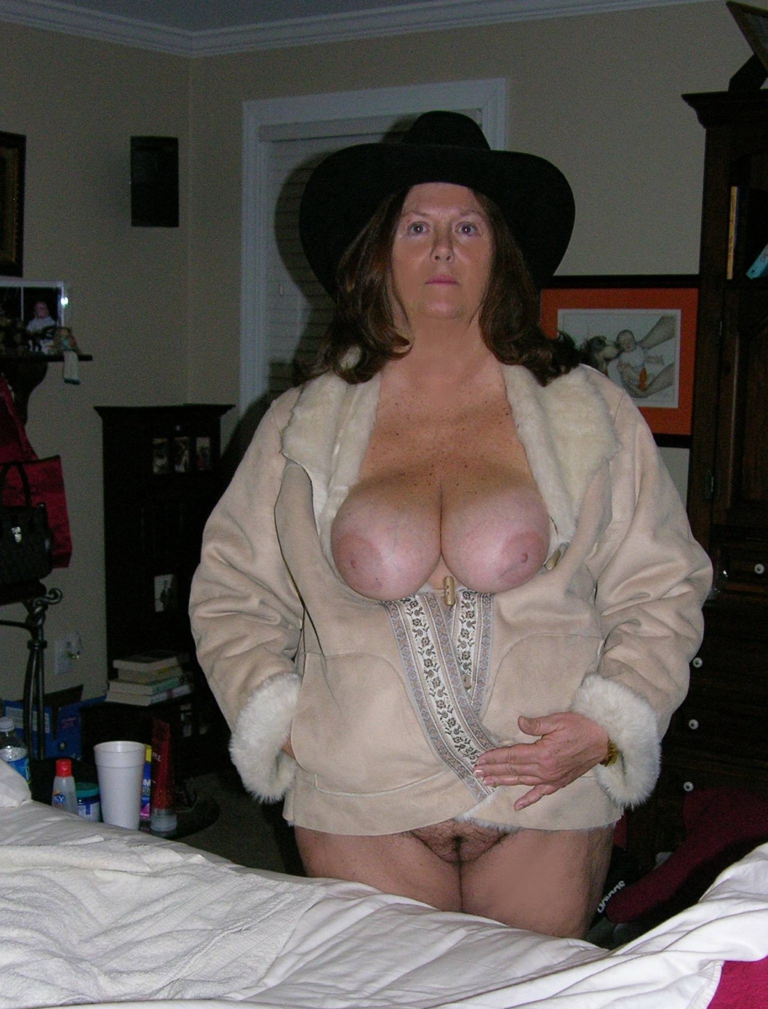 fat mature tits