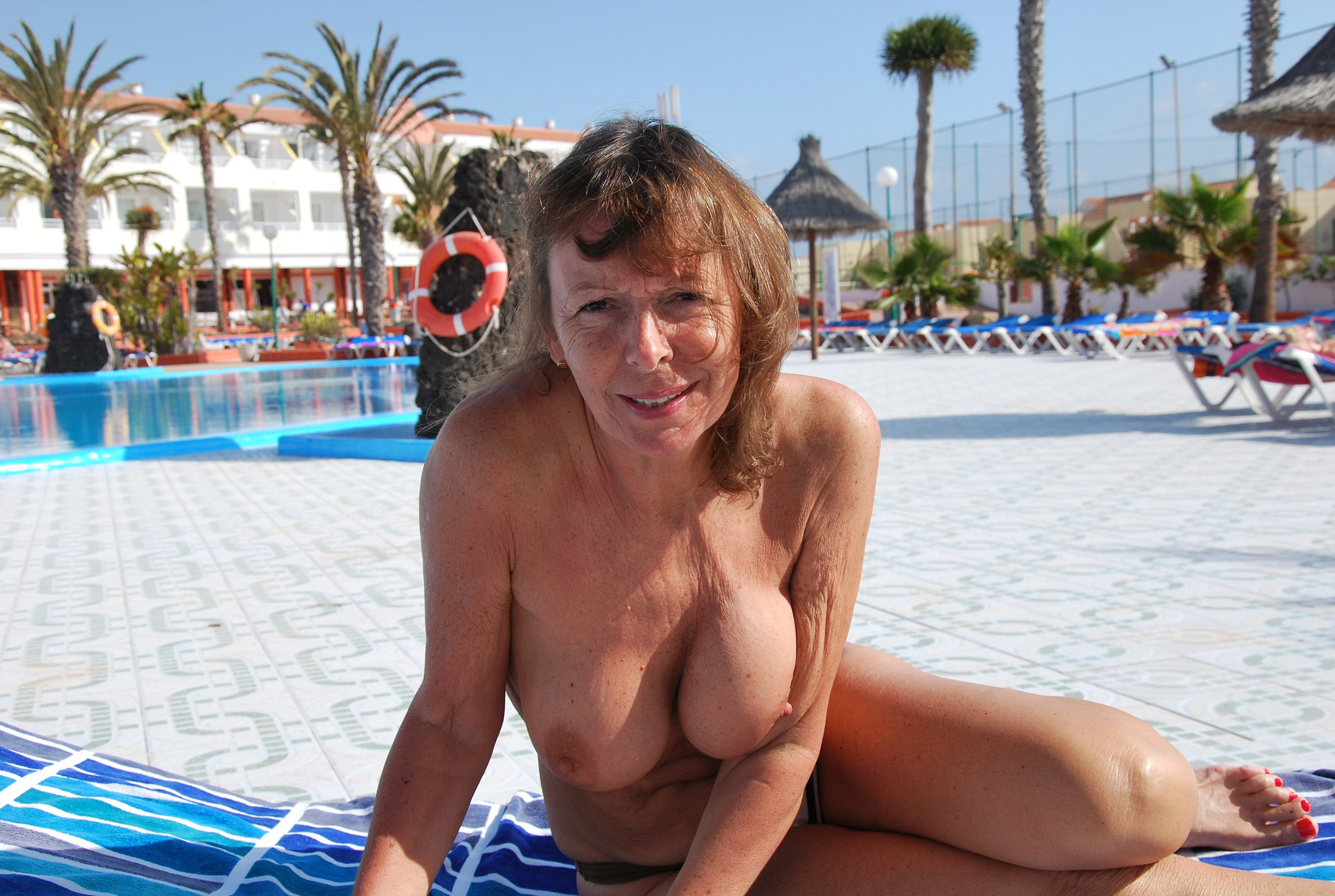 Oiled up trannies xxx
