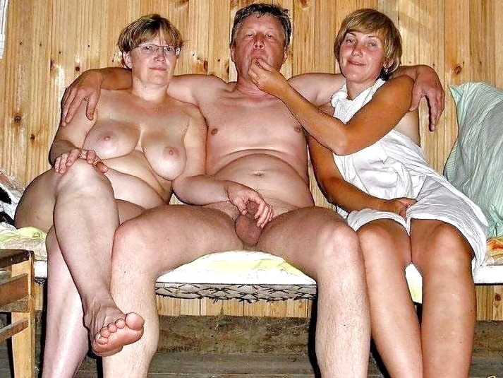 naked granny group photos