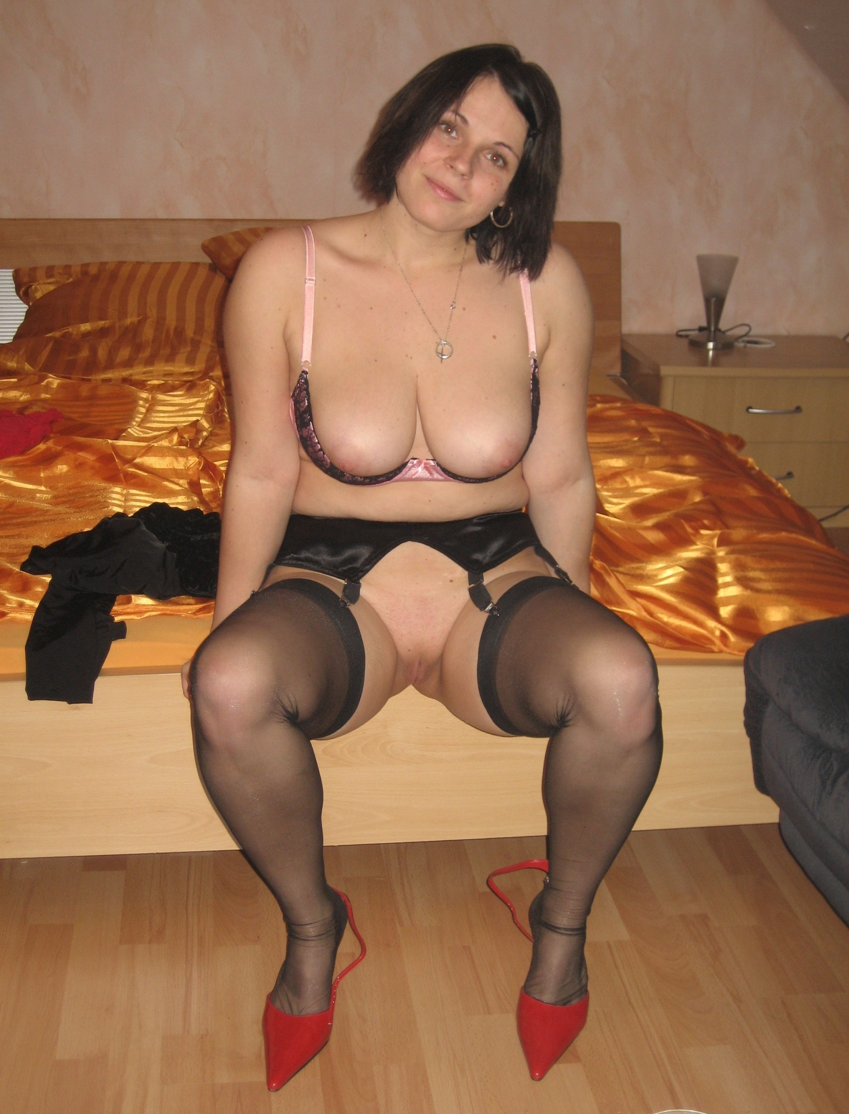 Chubby Milf Images