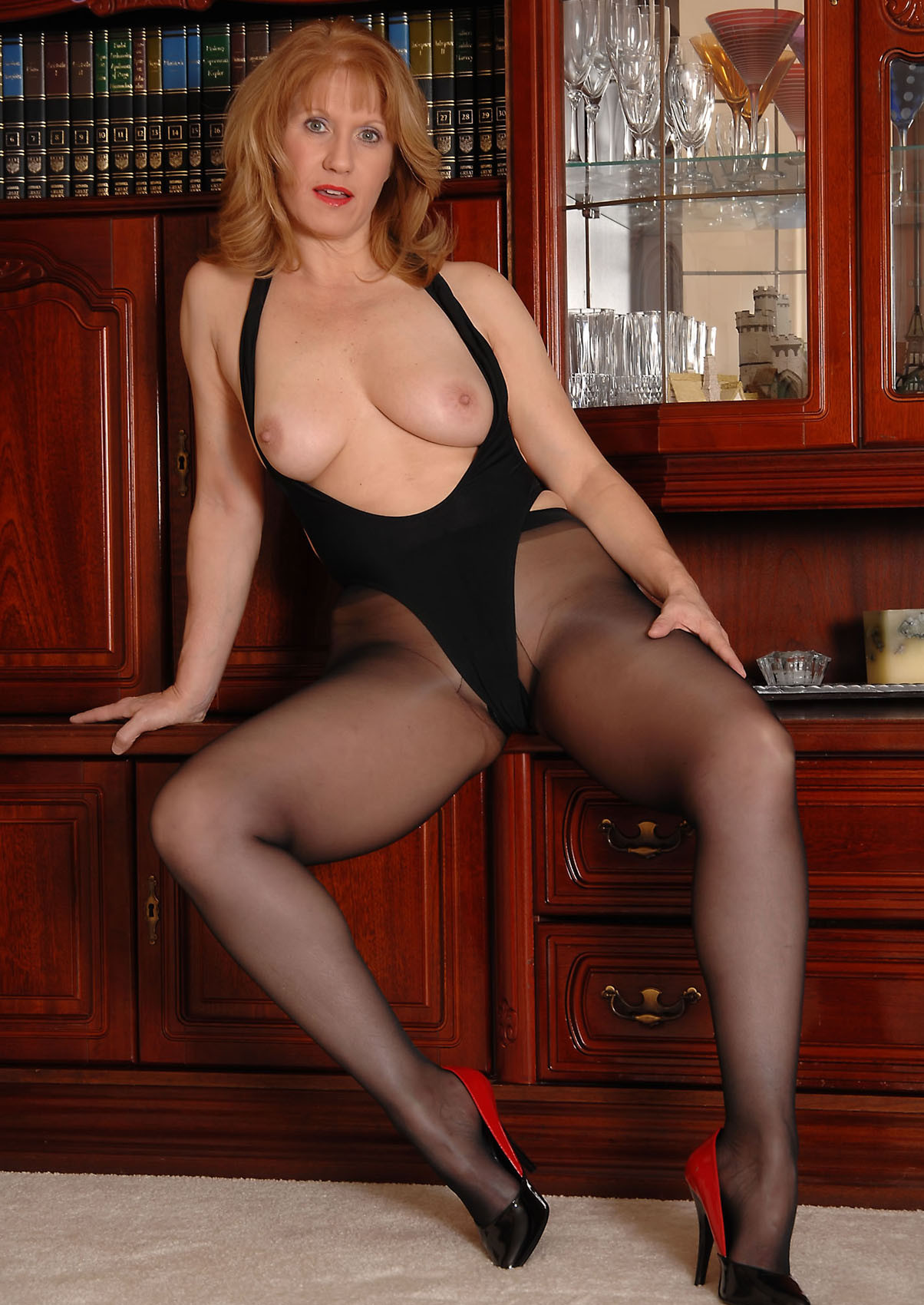 Work pantyhose at