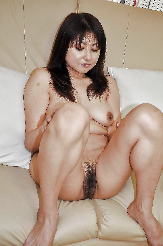 Naked mature japanese