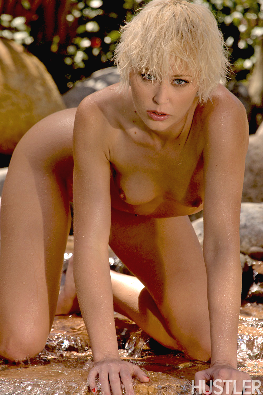 brook-taylor-nude