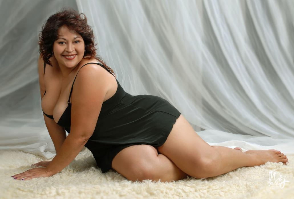 Topless photographs amateurs south africa