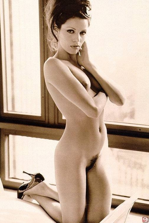 Naked photos of raquel welch — pic 4