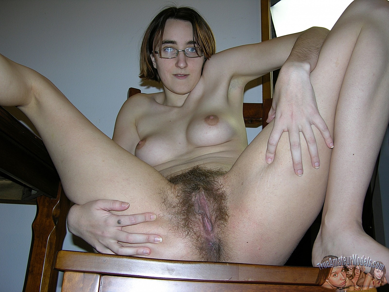 glasses Hairy pussy with