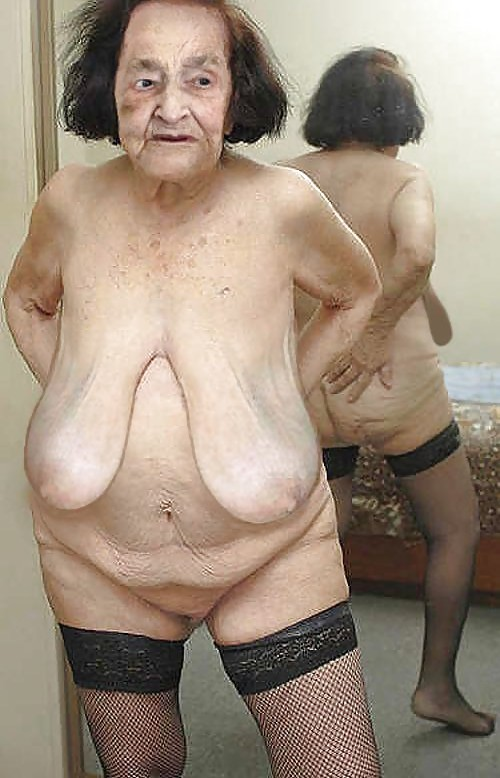 saggy Mature boobs granny