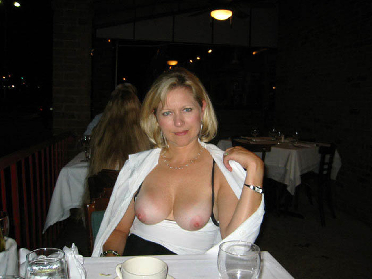 Flashing Milf Com