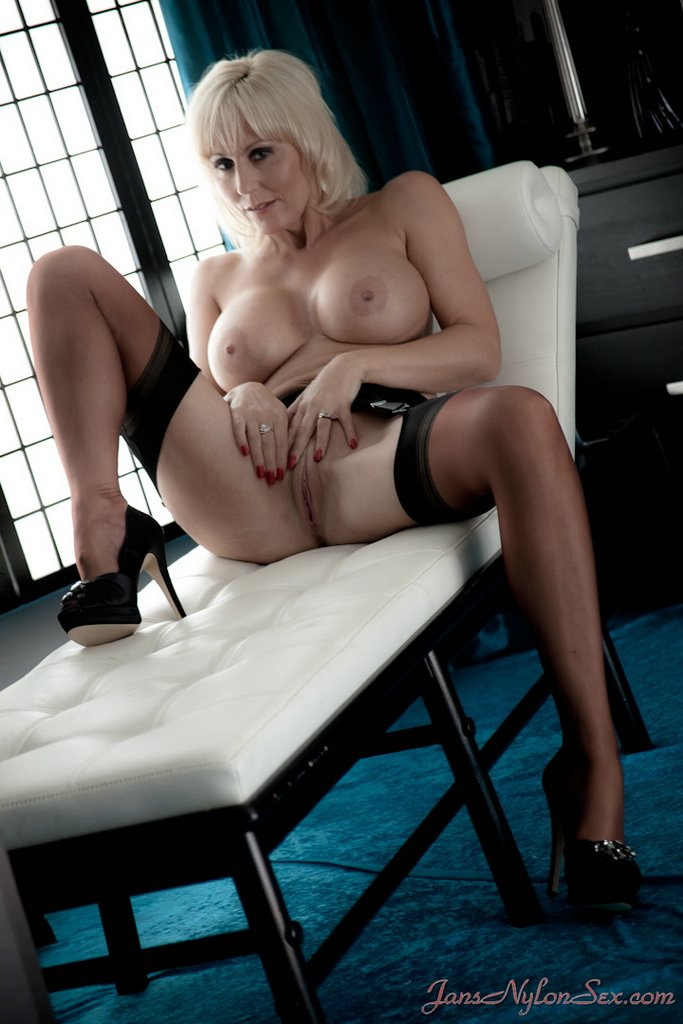 com sex Jan nylon s