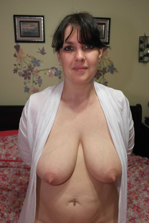 Pregnant with twins nudes