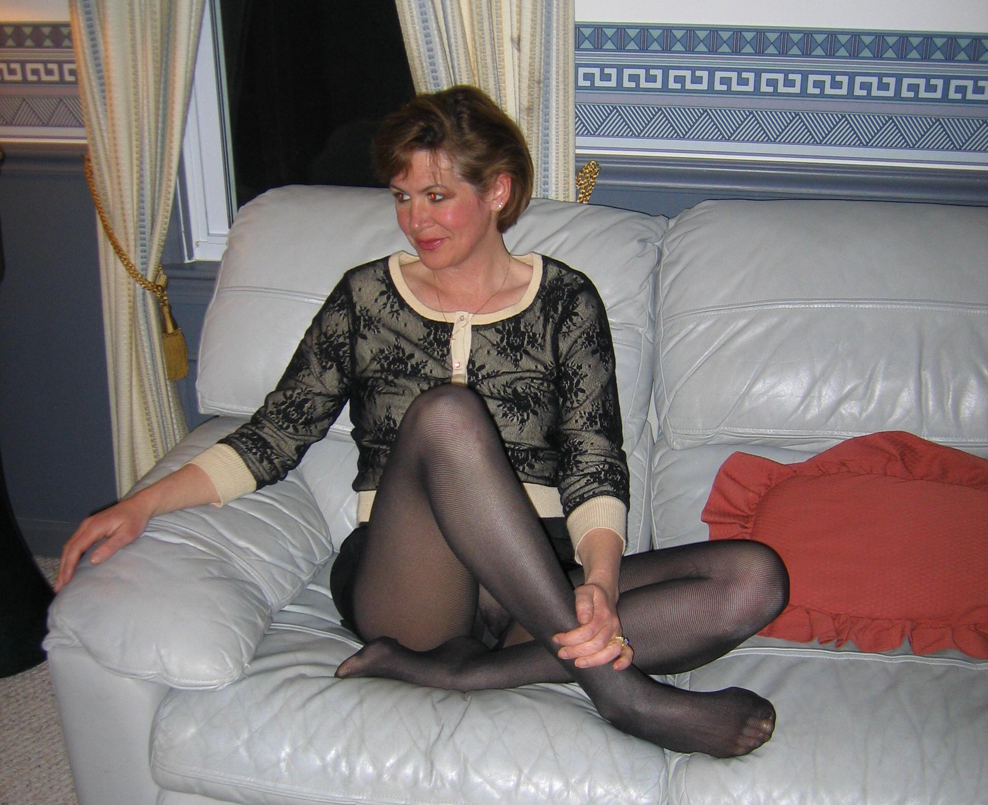 mature pantyhose - motherless
