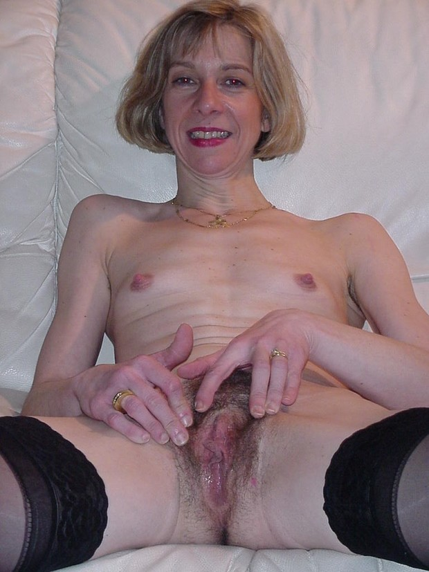 Hairy patite milf