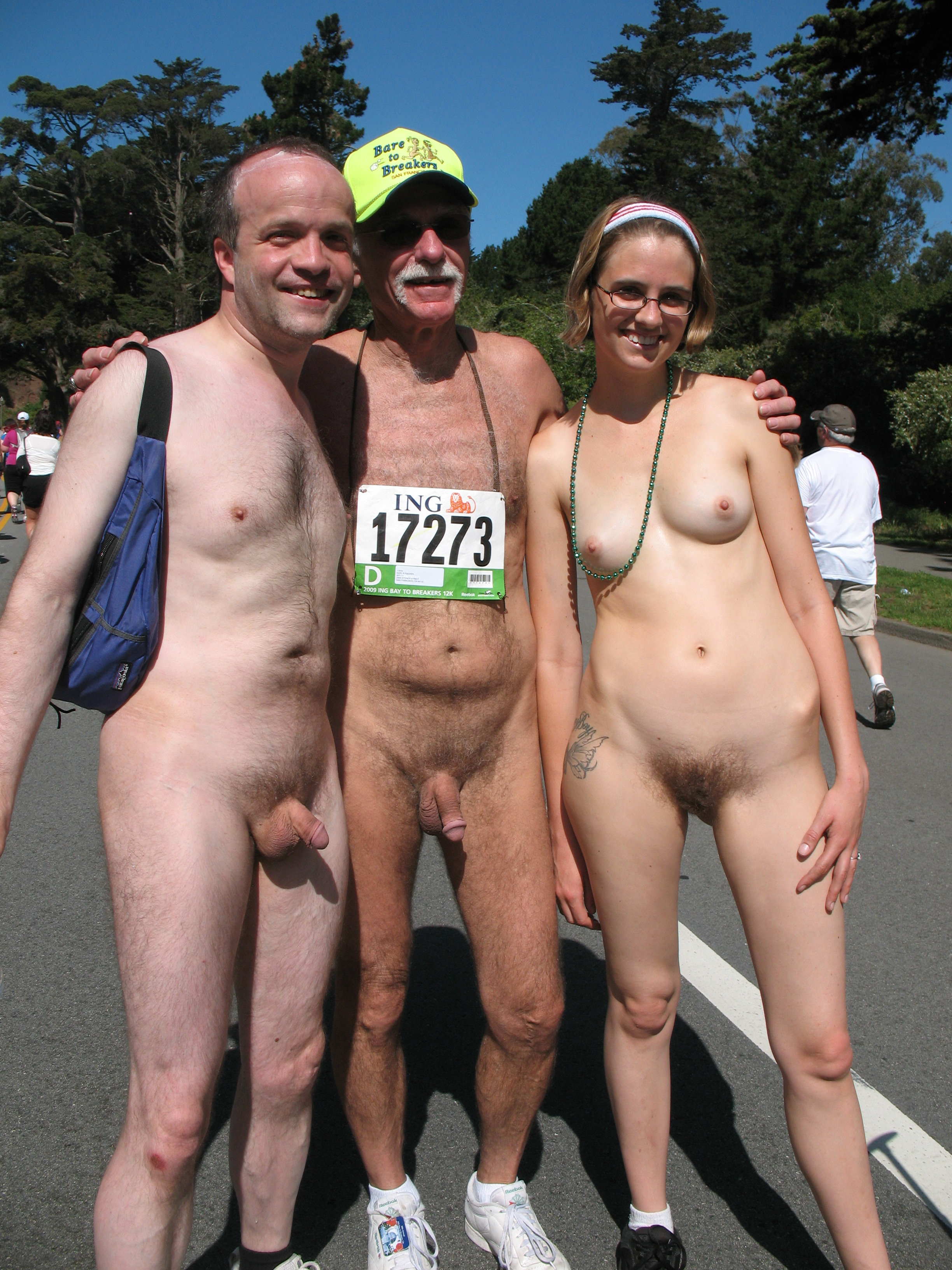nude in public - motherless