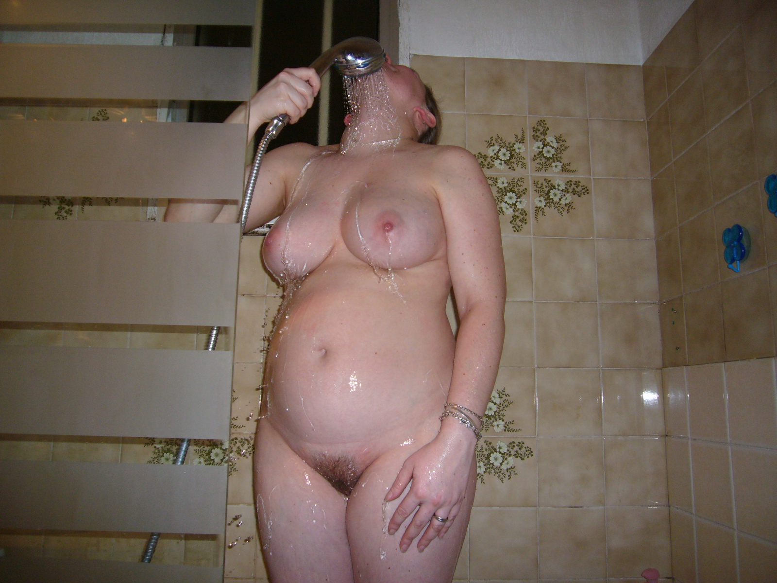 Sex shower the women pregnant having naked in