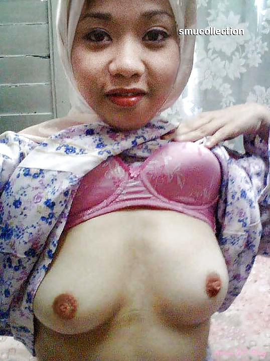 girls Malay hijab nude