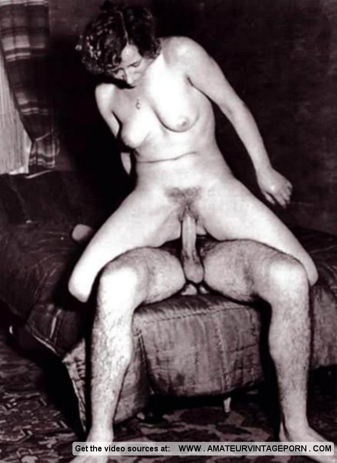 Nude woman spread pussy