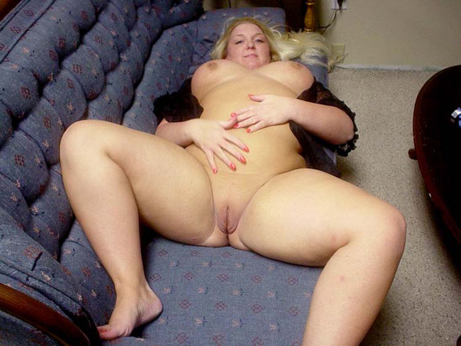 Mature plump naked women