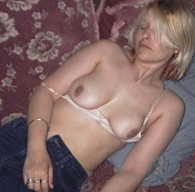 passed out tits in car