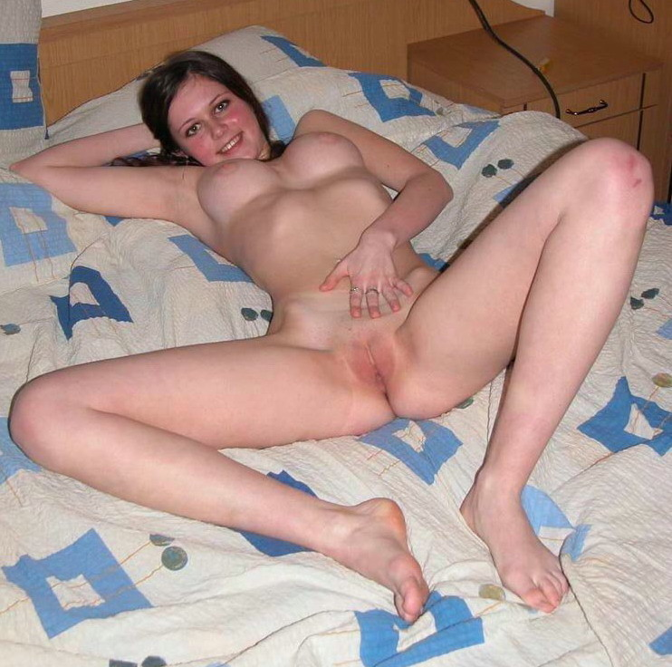 naked-sexy-slutty-woman-anal-strap