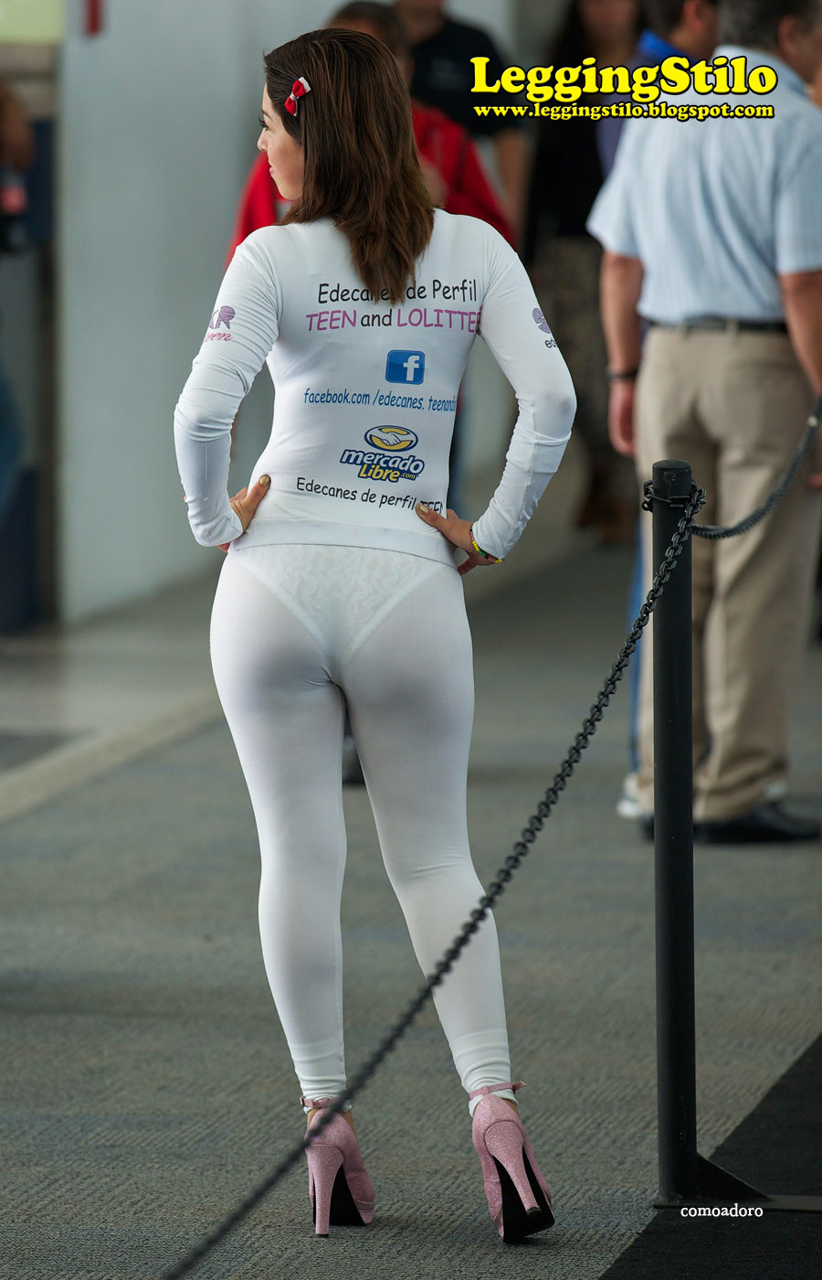 image Promotion girls with tight asses in festival