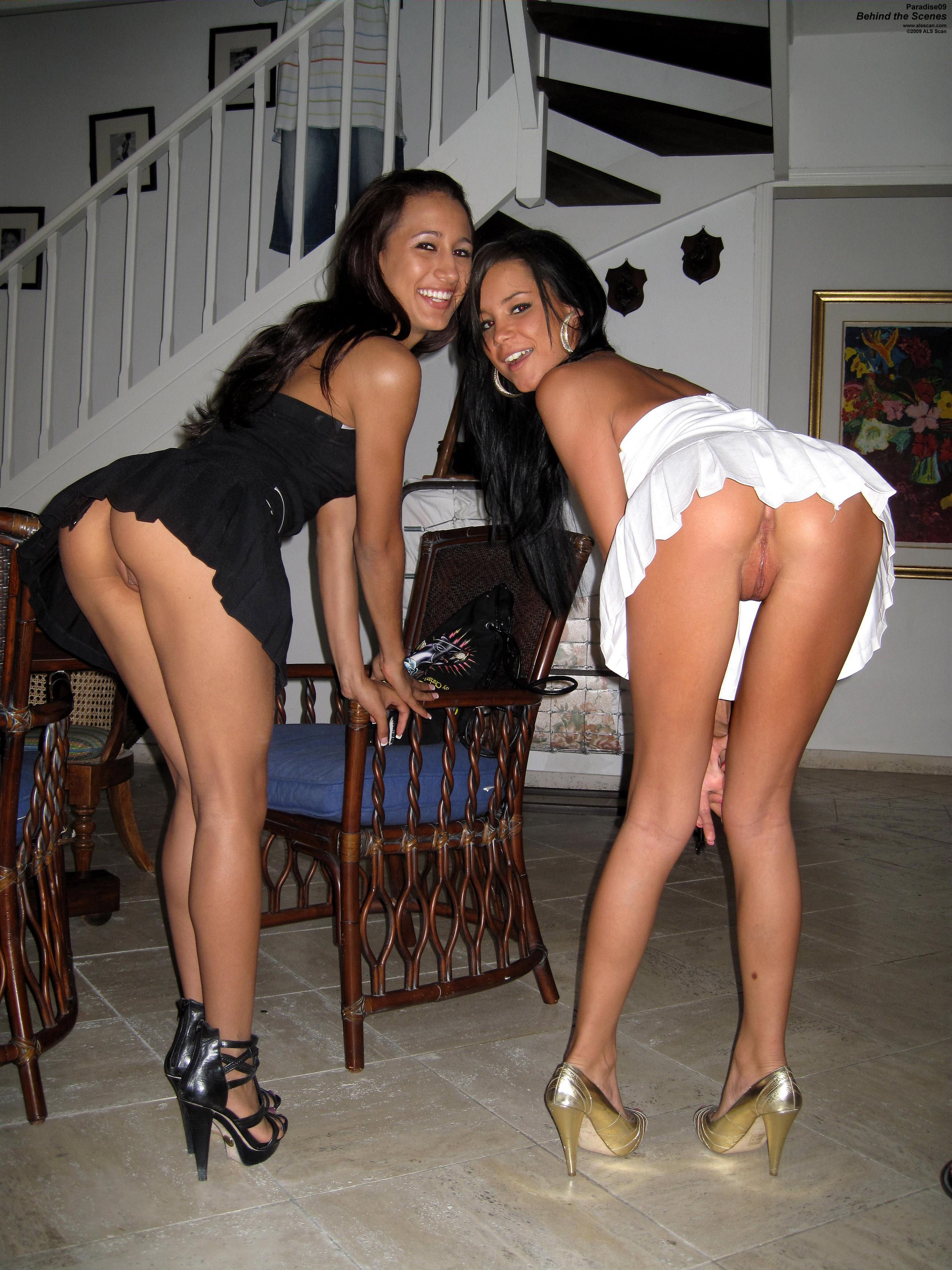 Mom and daughter flashing pussy girdle