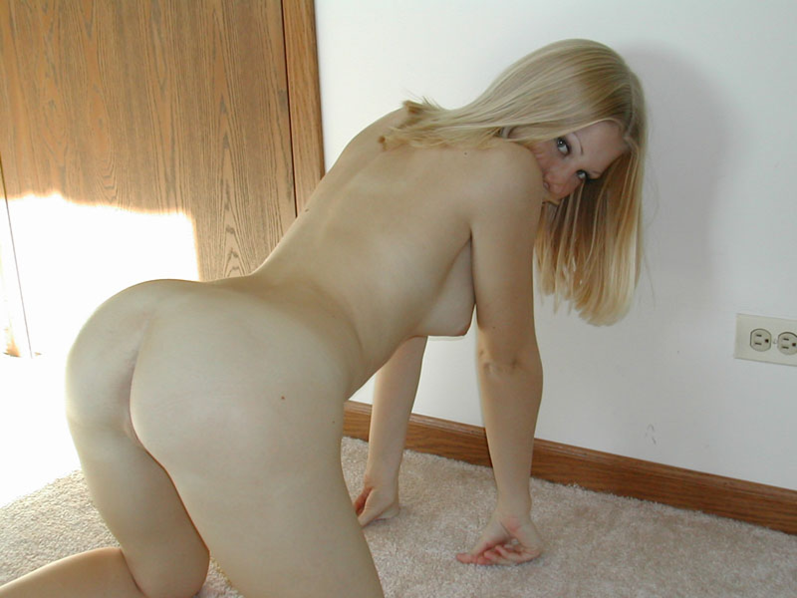 Helen Sucking Cock At Party