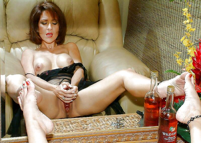 Milfs with thick legs