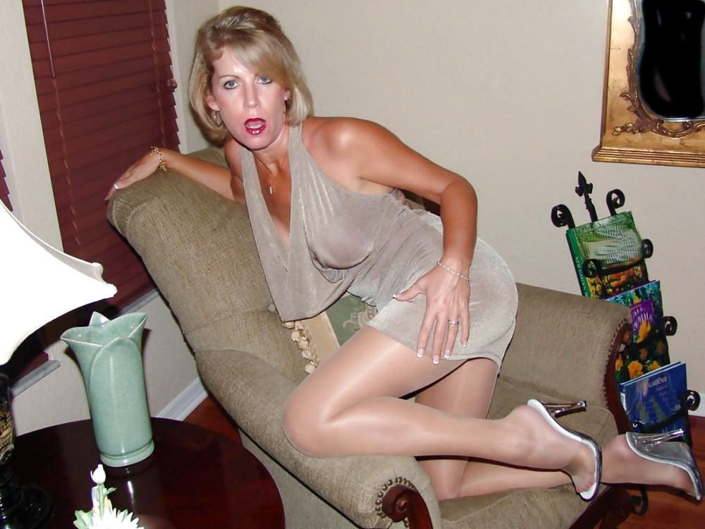 Mature mom naked videos — img 7