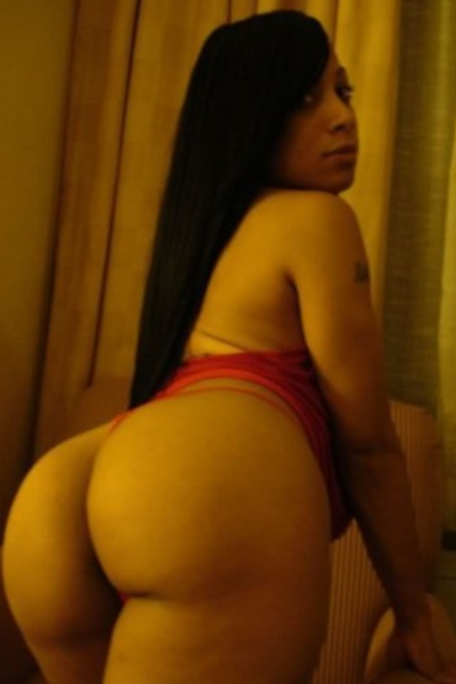 from Paxton sexy thick naked lightskinned girl