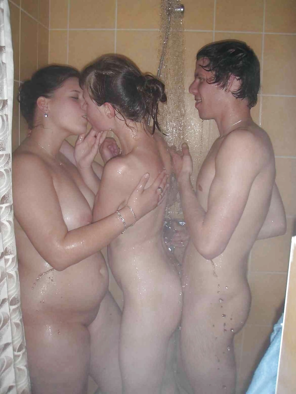 Blonde Teen Shower Masturbate