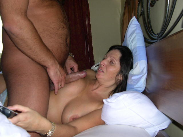Hotel fuck in mom and room son