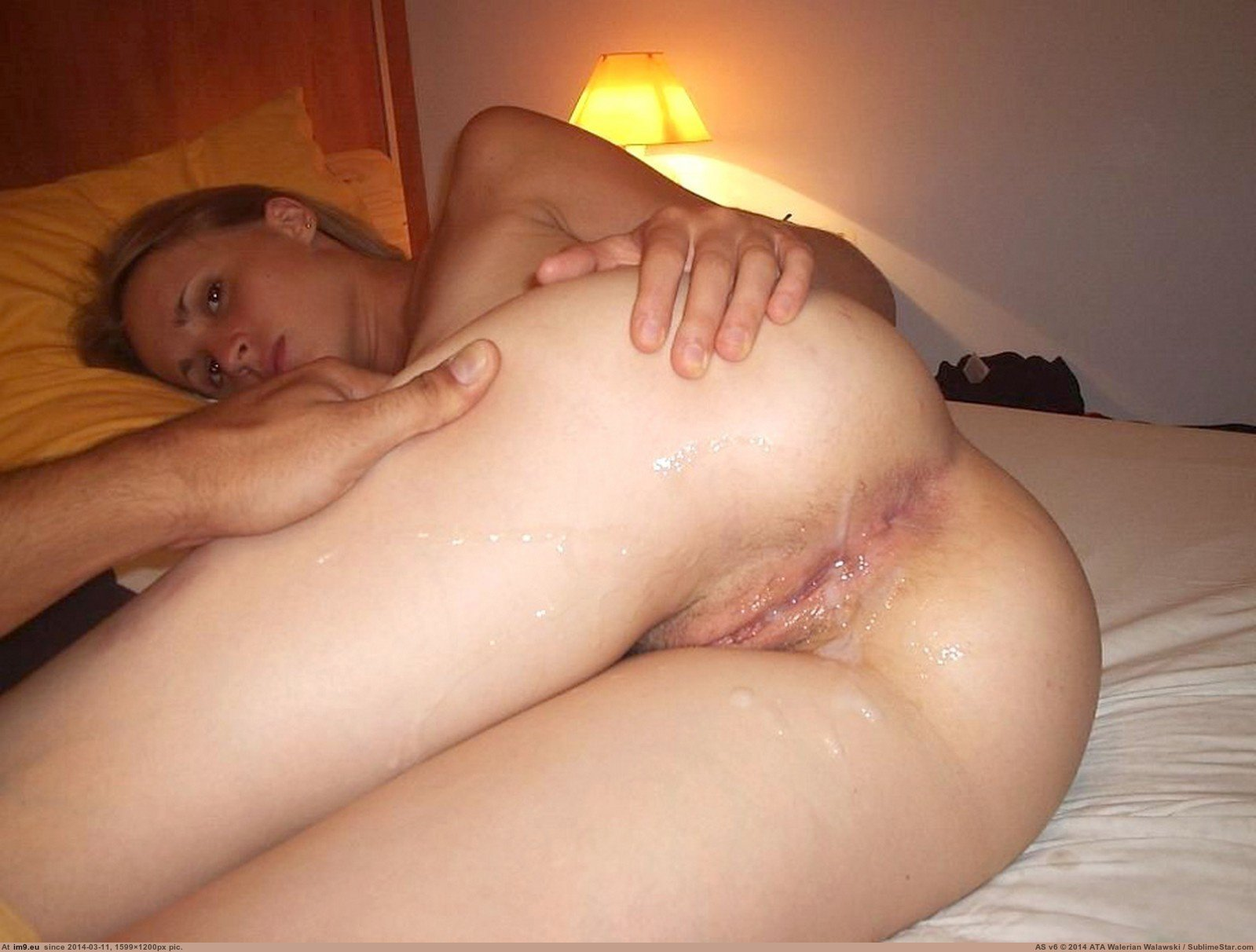 Shaved pussy milf looking for cock