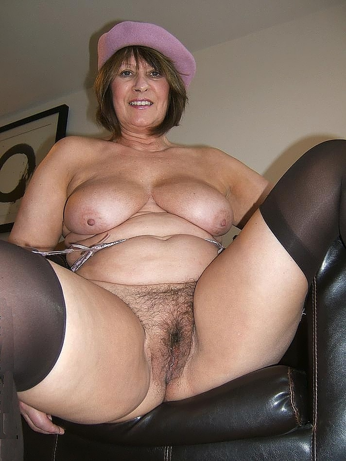 Apologise, Mature big tits cougars next door