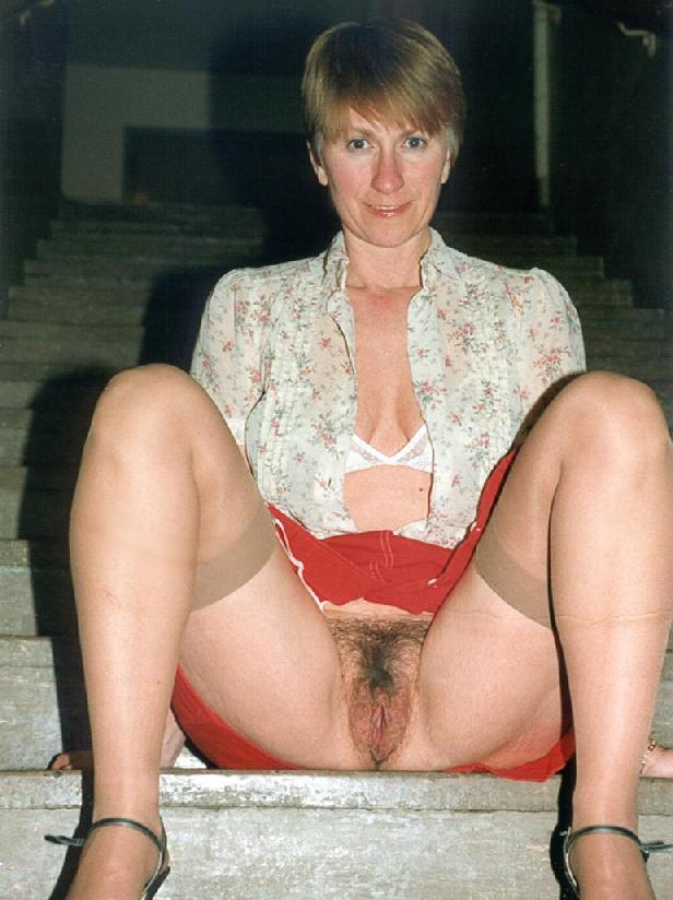 Remarkable, amateur milf flashing pussy