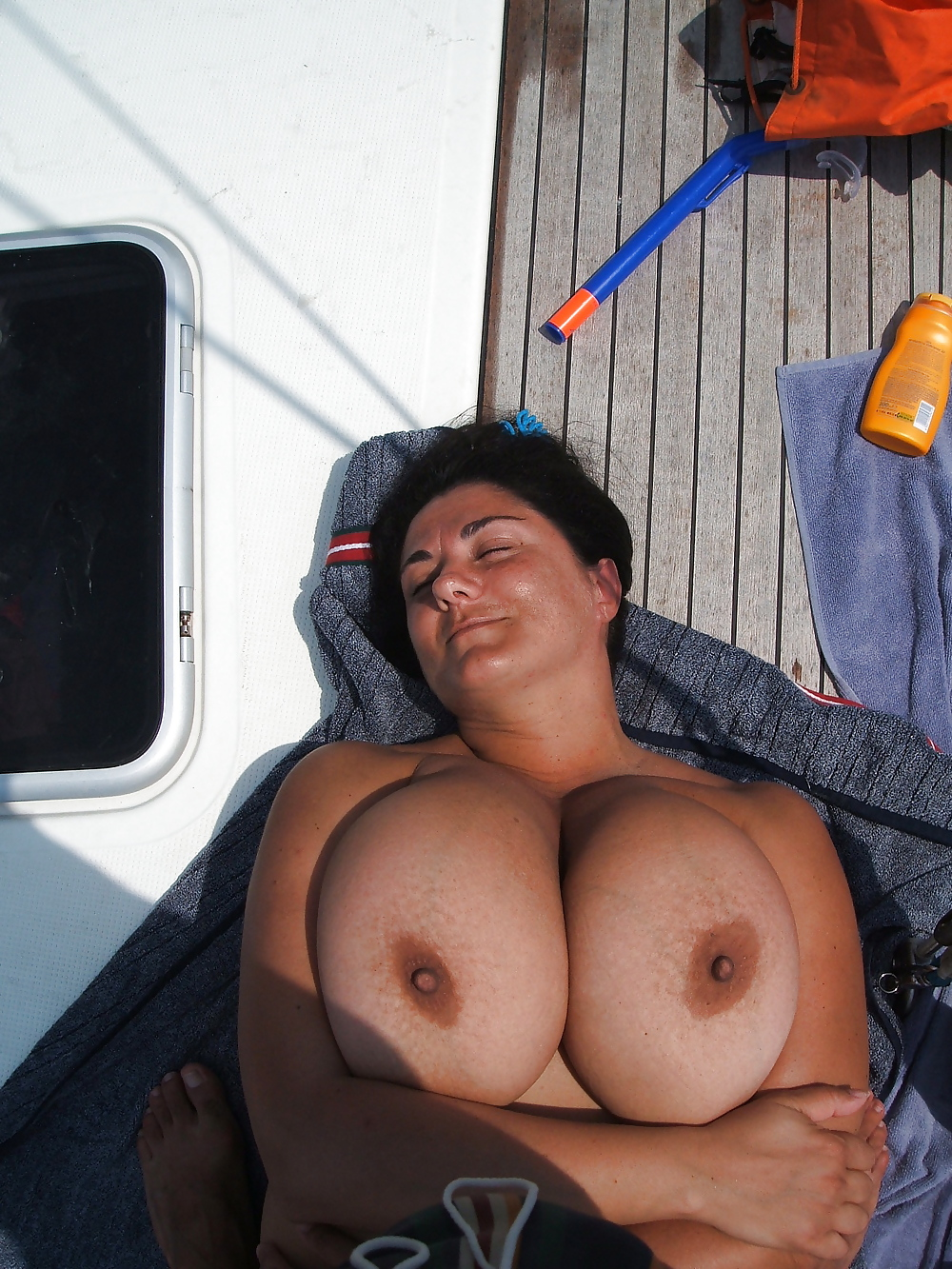 Saggy tits women fucked