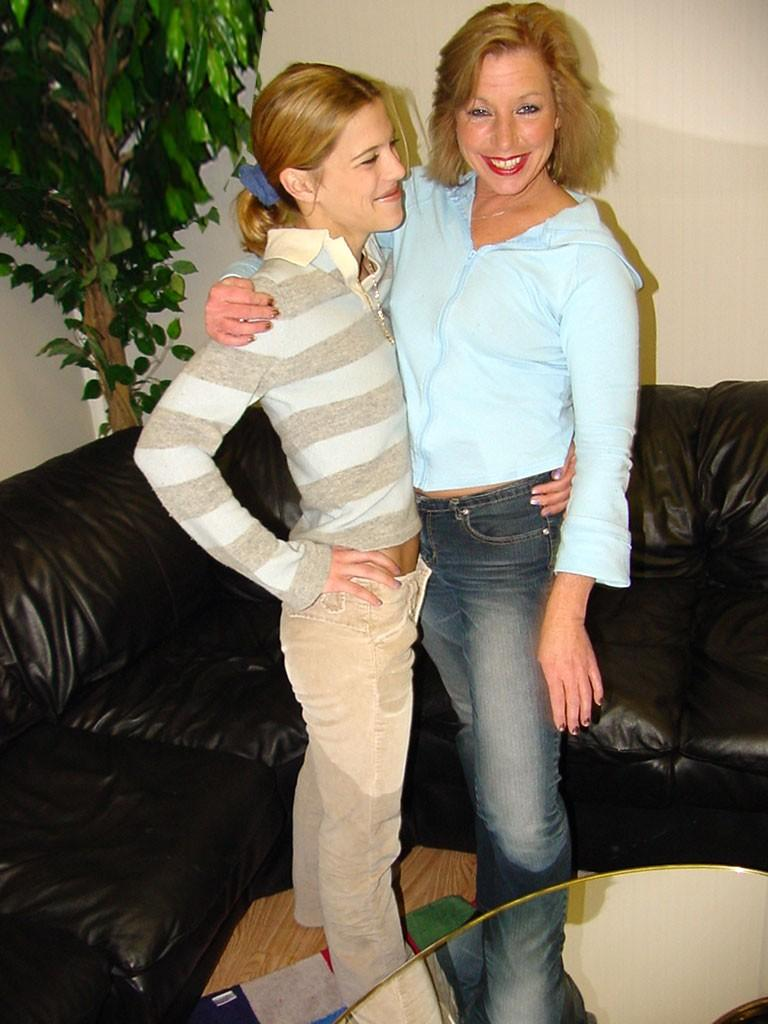 Real Mother Daughter Lesbian Motherlesscom-6558