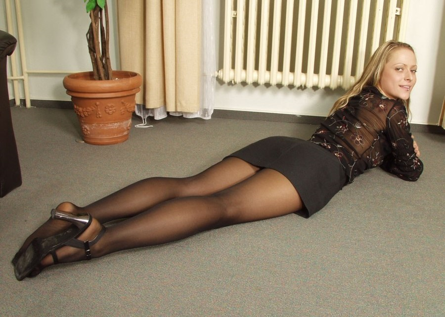 Free naked girl pic galleries