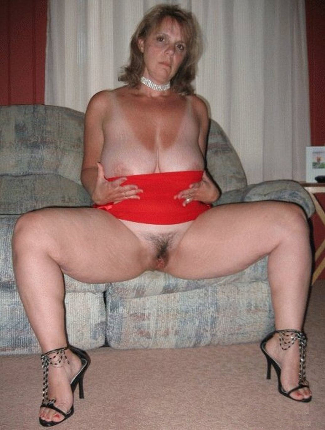 spread Mature pussy amateur wife