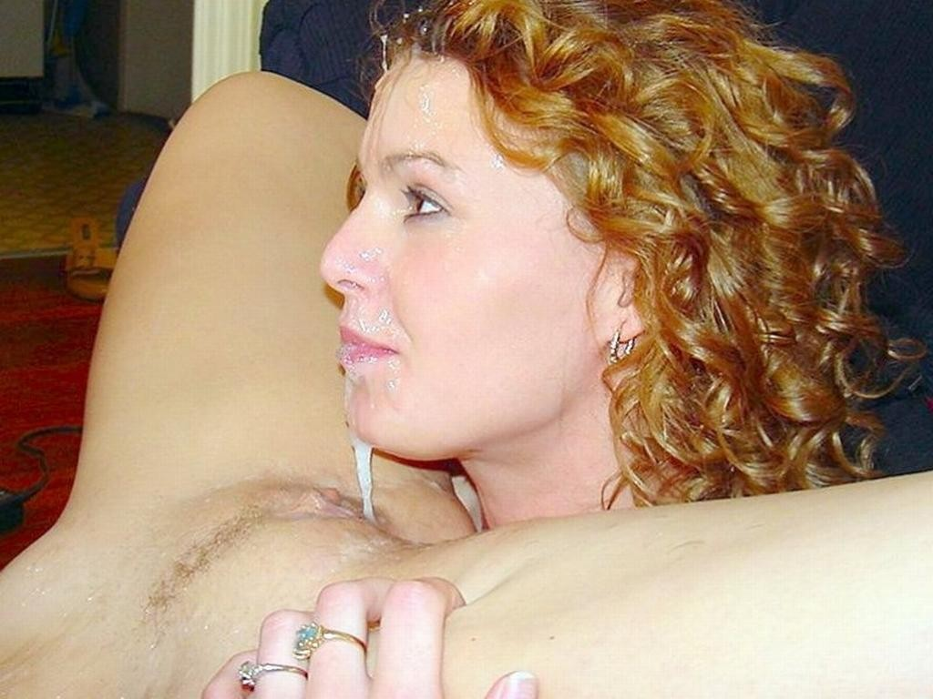 Girls eating cum filled pussy