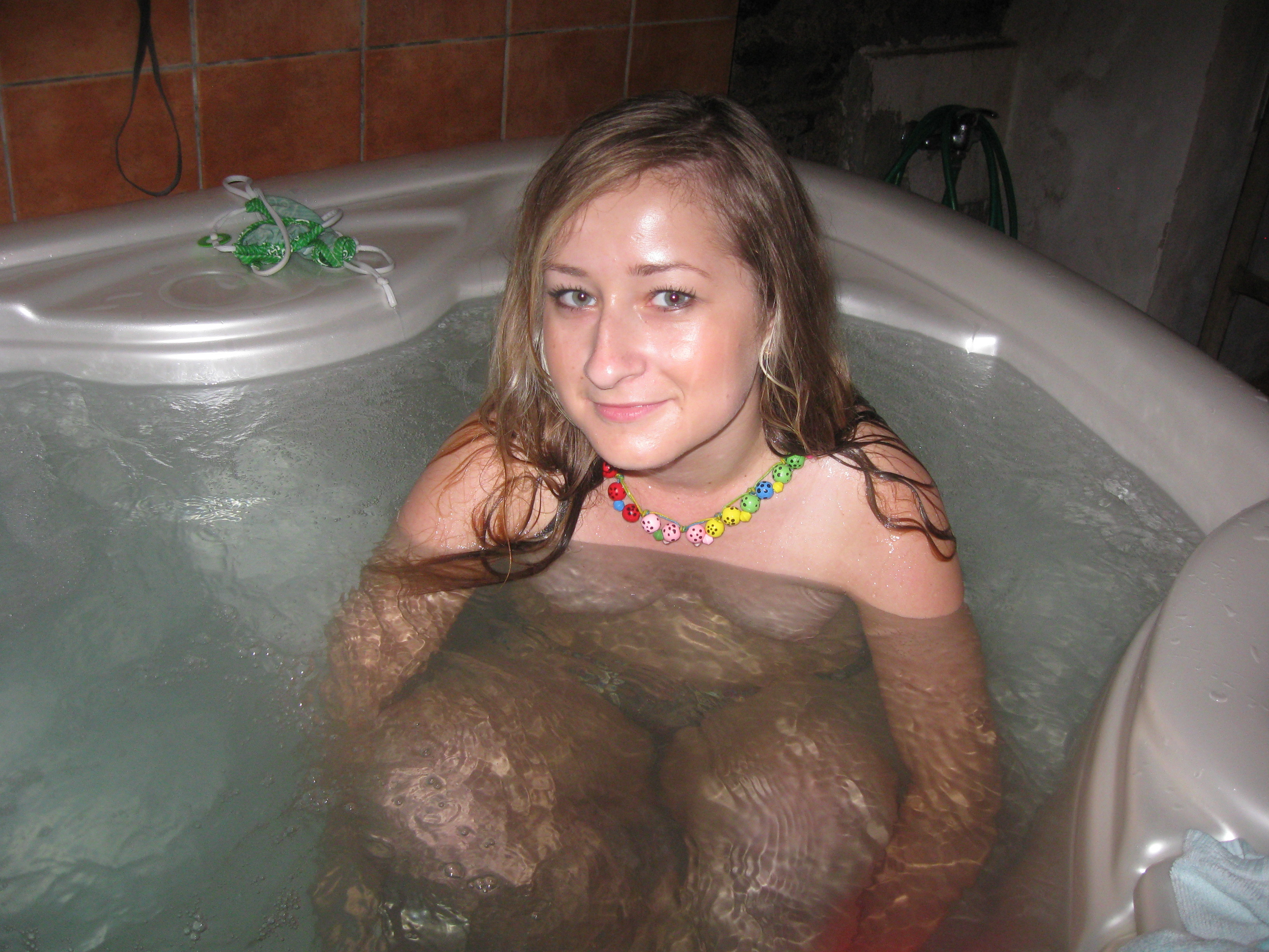 That would hot wife naked tub think, that you
