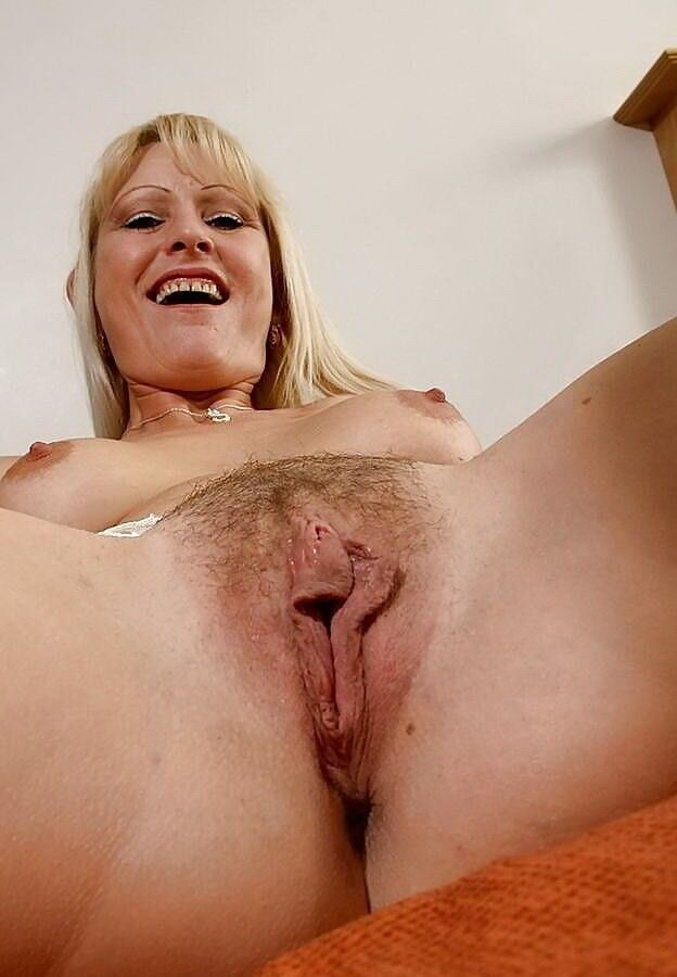Girl massive mothers pussies lavigne nude fakes