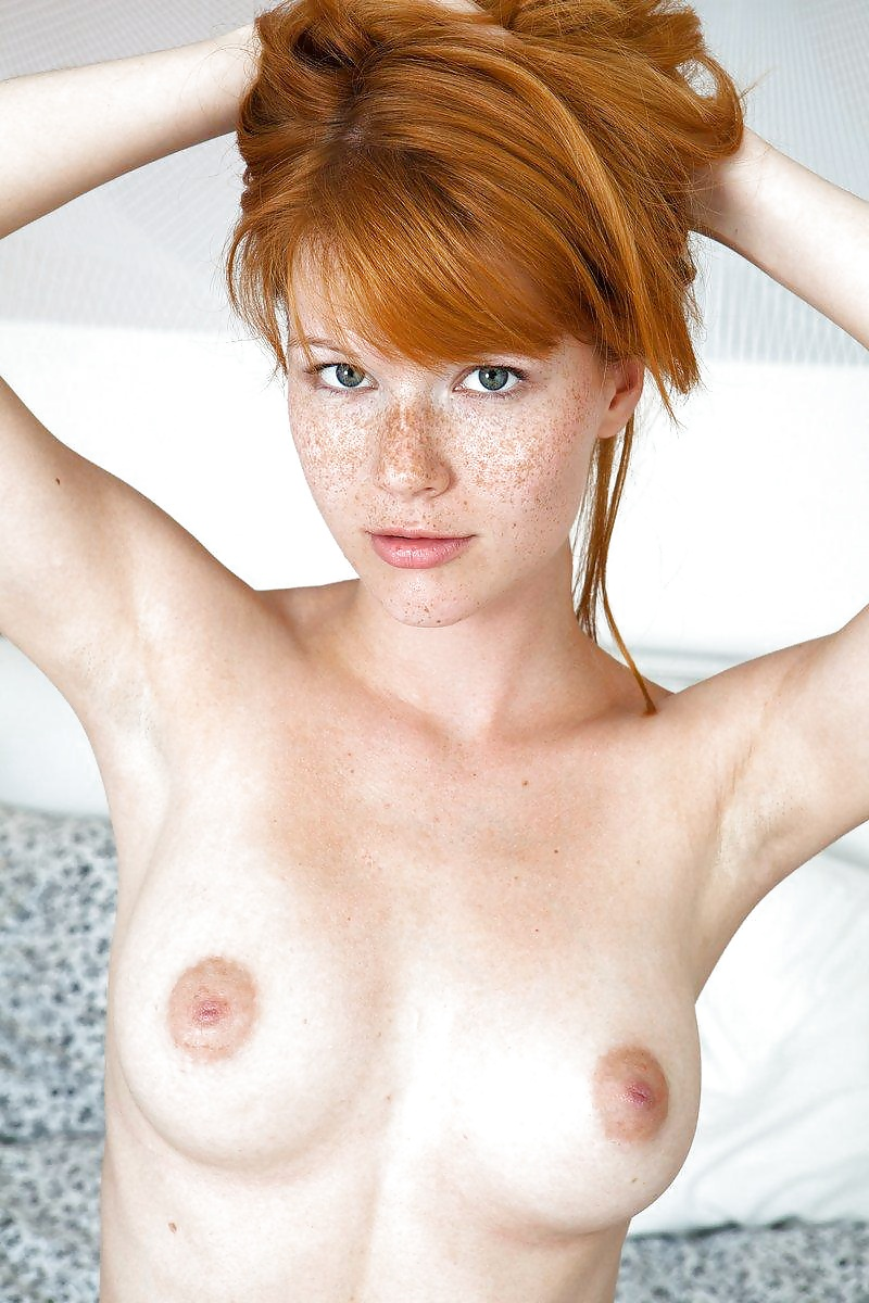 launter-nude-blondes-freckles-daugtersex-hairy