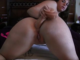 Threesome ends with first cumshot
