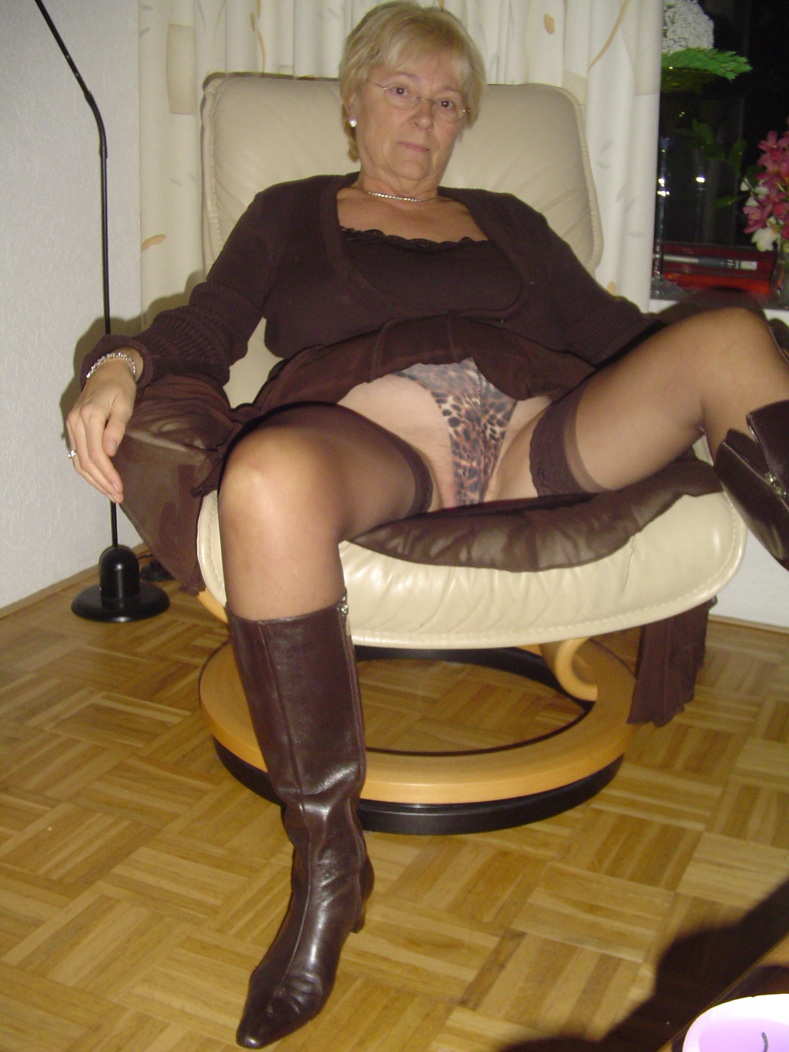 Milf hot sexy topic has