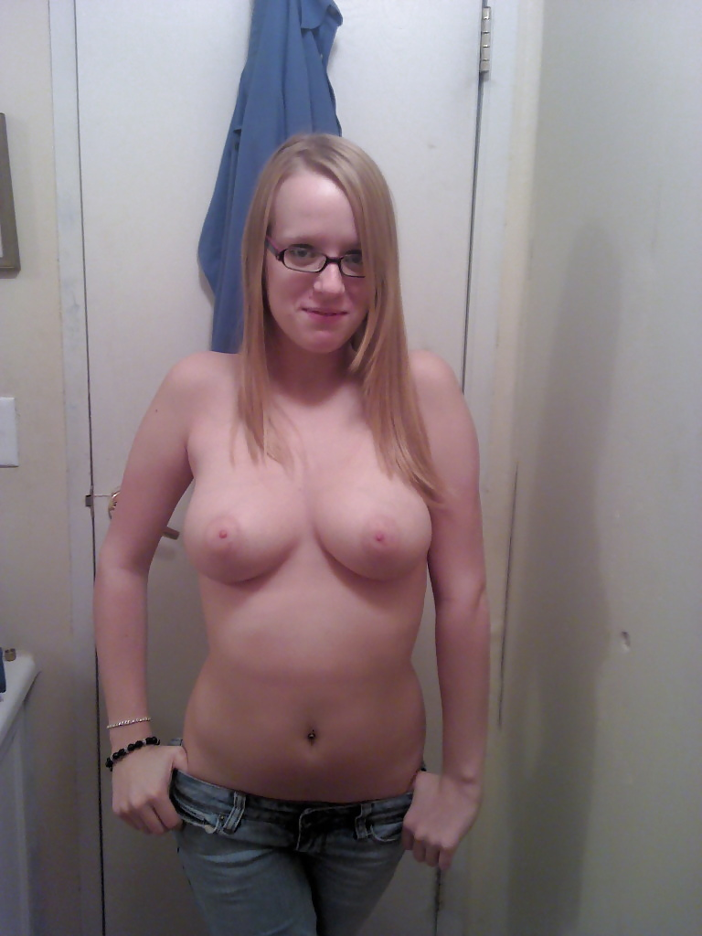 Wife giving head at party