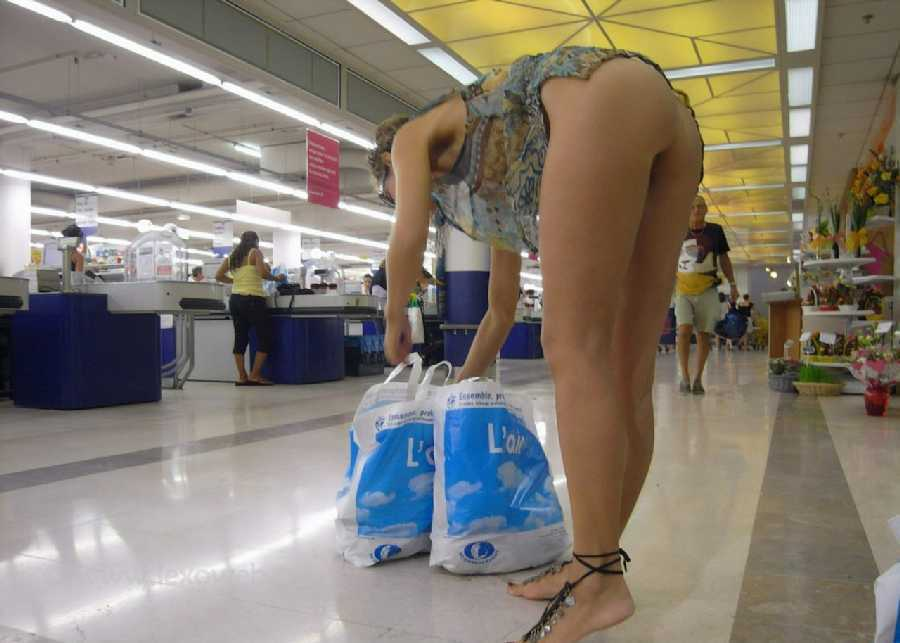 See and save as shopping and flashing store voyeur porn pict