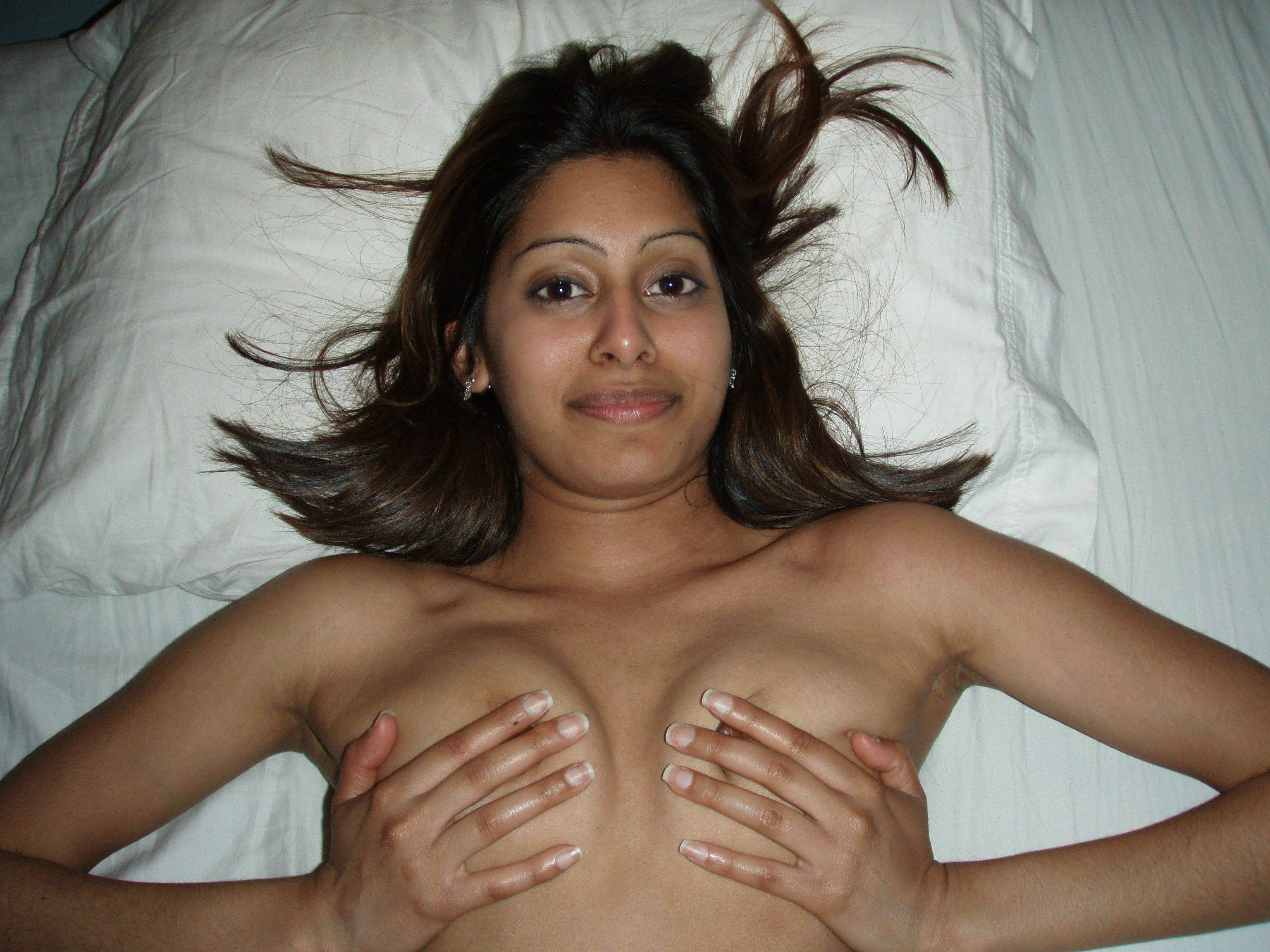 Indian Pussy Big White Cock