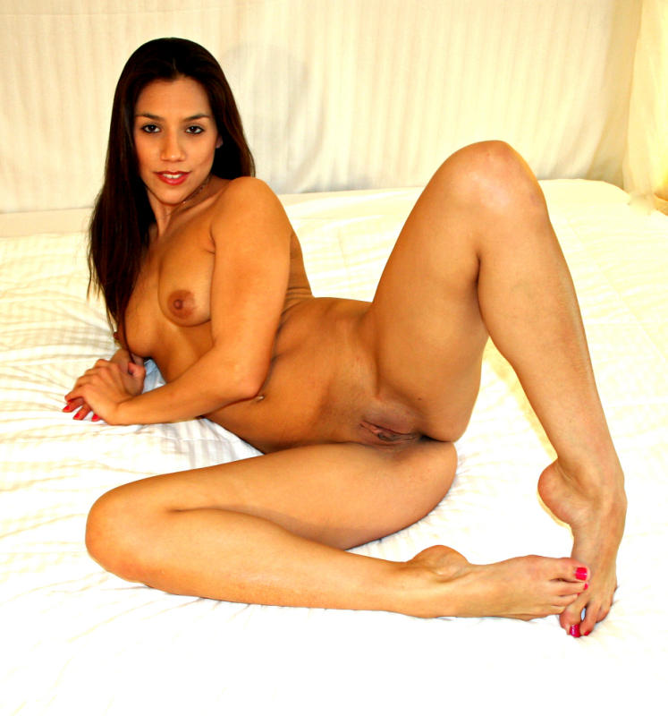 Teen latina strip